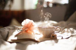 Bos zuurzak thee drinken